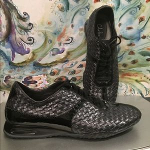 Cole Haan Nike Air Bria Black Woven Leather size 9